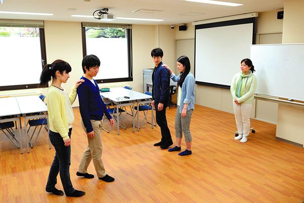 【グループセラピー室】<br>グループを対象とした心理療法を行う部屋です。