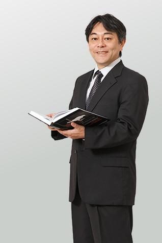 青山 謙二郎 教授
